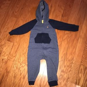 Baby Gap boy's one piece outfit size 18-24 months